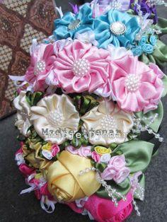 https://www.facebook.com/HandmadeMaDje  Info and Order 0896 0832 7727 Pin BB 23106D60