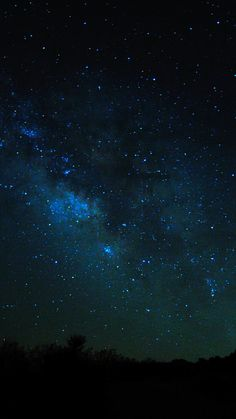 Sky Views At Night #iPhone #7 #wallpaper
