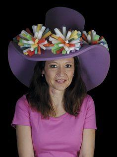 Gorro gomaespuma: Galeron con pirinchos Foam Wigs, Clown Hat, Herbal Magic, Circus Costume, Funny Hats, Floppy Hats, Mad Hatter Hats, Hat Crafts, Crazy Hats
