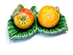 Fruit Salt and Pepper Shakers Vintage Orange n by ITSYOURCOUNTRY