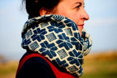 Funchal Moebius cowl from textisles