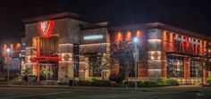 Night assignment to photograph BJ's Brewhouse restaurant in Houston.