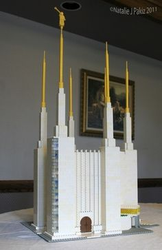 Unbelievable Mormon-themed Lego Creations