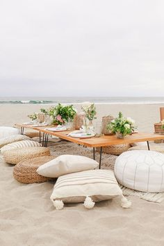 How to throw the best summer party, featuring The Little Market towels, napkinsm and glassware. picnic tables How To Throw The Best Summer Party Decoration Evenementielle, Beach Decorations, Beach Party Decor, Beach Dinner Parties, Hippie Party, Deco Nature, Low Tables, Picnic Tables, Low Dining Table