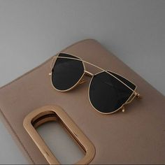 Gold/Black Sunglasses Brand new! Super cute! 15% off of bundles! FEEL LIKE MAKING AN OFFER? Please do it through the make an offer feature as I will no longer negotiate prices in the comments section. PRICE IS FINAL ON ITEMS $15 or less unless bundled. Hannah Beury Accessories Sunglasses