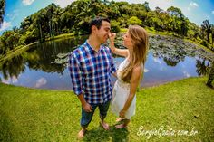 Ensaio Pré Wedding com os noivos Fabiane e Everton no Jardim Botânico em São Paulo/SP.