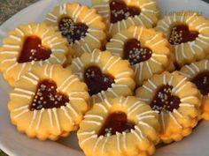 Tea Cookies, Fancy Cookies, Sugar Cookies Recipe, Holiday Cookies, Czech Recipes, Tea Recipes, Sweet Recipes, Nazook Recipe, Dessert Presentation