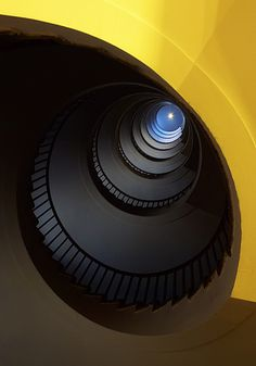 Curved stairway by Luka Gorjup