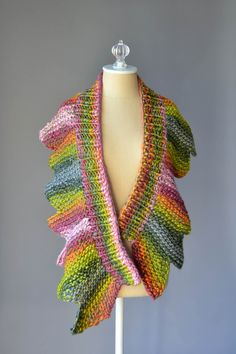 Free Pattern Friday - 18 Petals scarf pattern knit in Classic Shades Big Time.
