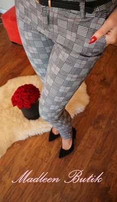 Spodnie w krate. , 59,00zł, zamówienia składamy w sklepie na stronie madleen.pl. Shag Rug, Rugs, Home Decor, Shaggy Rug, Farmhouse Rugs, Decoration Home, Room Decor, Blankets, Home Interior Design