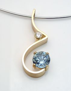 Men's quality gold jewelry is much more readily available than ever before. Learn what to look for when you want to buy a new piece of jewelry for yourself. Metal Jewelry, Pendant Jewelry, Jewelry Art, Silver Jewelry, Jewelry Accessories, Fine Jewelry, Jewelry Necklaces, Jewelry Design, Fashion Jewelry