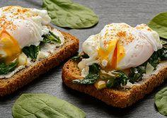 Recept gepocheerd ei met spinazie en zalm
