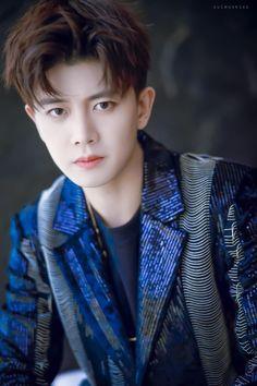 Handsome Actors, Chinese Boy, Boyish, True Beauty, Eye Candy, China, Eyes, Celebrities, Cute