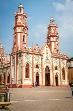 Conoce #Barranquilla con #Easyfly aquí www.easyfly.com.co/Vuelos/Tiquetes/vuelos-desde-barranquilla