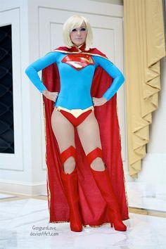 roxannameta:    bestofcosplay:    Jessica Nigri as Supergirl - New 52 Version by *GanguroLove
