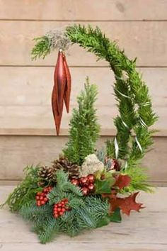 Grinch Tree floral arrangement – Famous Last Words Handmade Christmas Decorations, Christmas Centerpieces, Rustic Christmas, Xmas Decorations, Christmas Holidays, Christmas Flower Arrangements, Christmas Flowers, Floral Arrangements, Christmas Wreaths