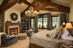 Wunderbar aus Holz: Schönes, warmes Zuhause mit traditionellen und rustikalen Elementen