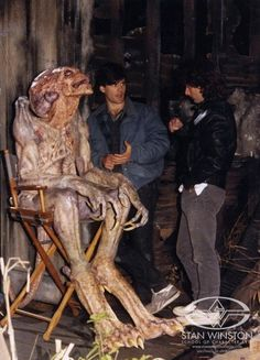 "NEW BEHIND-THE-SCENES VIDEO! ""Pumpkinhead"" - The Making of the vengeance demon with Stan Winston's Creature FX crew. Check out the never before seen imagery HERE: www.stanwinstonschool.com/blog/pumpkinhead-from-concept-to-creation — mit Tom Woodruff Jr, Alec Gillis und John Rosengrant."