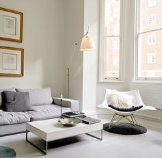 Stingray rocking chair by Thomas Pedersen from Fredericia Furniture  Solid frog: Kensington style