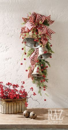Christmas holidays often come with joy and happiness. This can be emphasized with a bunch of DIY Christmas wreaths to make the holiday complete. Christmas Swags, Christmas Door Decorations, Primitive Christmas, Christmas Bells, Country Christmas, Winter Christmas, All Things Christmas, Christmas Holidays, Christmas Ornaments