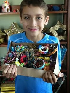 Good Day, Regular People blog: Rainbow Loom Tips for Rainbow Loomers - From Auggie, age 8