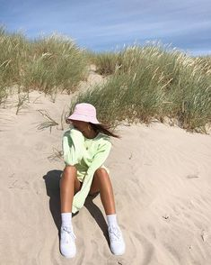 Moda Aesthetic, Summer Aesthetic, Aesthetic Clothes, Trendy Outfits, Summer Outfits, Cute Outfits, Fashion Outfits, Modelos Fashion, Insta Photo Ideas