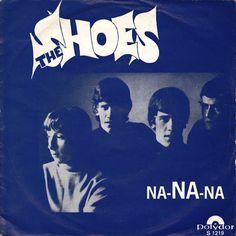 SINGLE VAN DE WEEK:  THE SHOES - NA-NA-NA  Uitgebracht in 1967 met als hoogste notering de 6e plaats in de Nederlandse Top 40.  En welke singles had jij van The Shoes?  Spotify: open.spotify.com/track/3rA40mpkKSkAvQgCbtmWYE  YouTube: youtube.com/channel/UCPa9clTUhd9W96hkP_drvfw