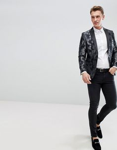 Not your average suit jacket. Take that dress code up a level with this metallic finish suit jacket. It's time to shine and exude elegance with this slim cut jacket with contrast peak lapels, single button opening and fully functional pockets. Its skinny fit provides the sleek silhouette. #skinnyblazer #mensStyle #mensfashion #mensBlazer #prom #promFashion #mensProm