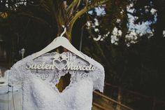 Nathalia Lovati Fotografia | Fotos de Casamento #casamento #fotografia #rj #fotografo #fotografa #foto #miniwedding #marriage #wedding #party #elegante #photographer #photos #ensaio #noiva #noivo #noivos #makingof #makingof #nathalialovati #fotosdenoivos #weddingphotography #weddingphotographer #weddinginspiration #flowers #flores #design #decor #decoração #decoration #colors #light #vintage #cabide #vestido #dress
