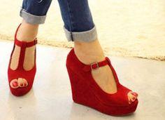 Women Shoes Wedge High Heels Platform T-strap Sandals.