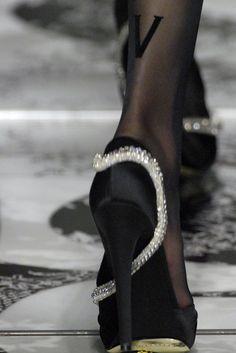 orlandaspleasure:  Valentino Fall 2007, Couture