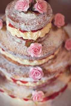A simple victoria sponge cake - entricately dressed up with some gorgeous flowers. So simple, cheap - yet effective!