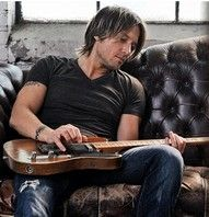 My ULTIMATE celebrity crush...the beautiful and talented Mr. Keith Urban<3