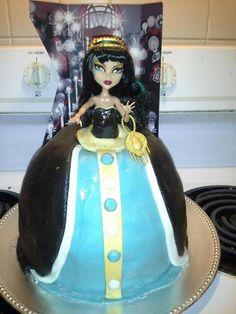My Cleo de Nile Monster High Cake for Livy bday.