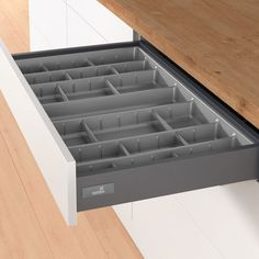 Cutlery tray provides an exact fit inside Hettich Atira standard drawers – no trimming to size is required. All variants are high with a overhang on each side to accommodate drawers with sloping sides. Kitchen Tray, Diy Kitchen Storage, Kitchen Dinning, Kitchen Cupboards, Kitchen Layout, Home Decor Kitchen, Kitchen Furniture, Kitchen Interior, Kitchen Design