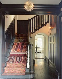 My Sweet Savannah: ~finding the perfect stair runner~