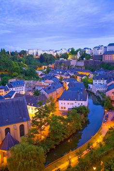Luxembourg City at Twilight BELLO, ME GUSTA.