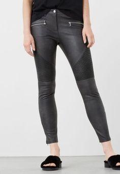 Pantaloni piele dama moto Mango gri Mango, Leather Pants, Fashion, Templates, Manga, Leather Jogger Pants, Moda, Fashion Styles, Lederhosen
