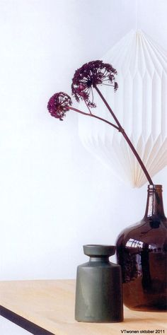 HK living lamp and jar in VTwonen Magazine.
