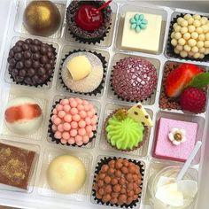 Salve este pin, clique 2 vezes na foto, Vc vai amar as 50 receitas Food Cakes, Chocolates, Fancy Cookies, Plated Desserts, Cake Recipes, Cheesecake, Muffin, Food And Drink, Keto