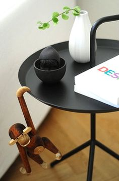 Via Emmas Designblogg | Kay Bojesen Monkey | Hay DLM Table