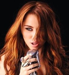Miley Cyrus Brown Hair, Miley Cyrus Pictures, Shades Of Red Hair, Time Of Our Lives, Natural Redhead, Celebs, Celebrities, Beauty Skin, Redheads