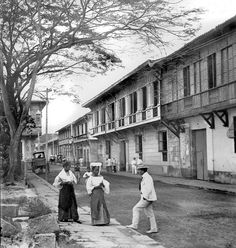 Calle Cabildo, a prominent street in Intramuros, Manila, Philppines,  Late 19th or early 20th Century by John T Pilot, via Flickr