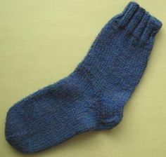 Knitting Patterns For Men s Socks On 4 Needles : Easy Socks--go down one needle size for womens sizing. These knit up bea...