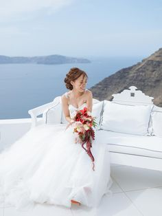 The smile of happiness Real Weddings, Happiness, Smile, Wedding Dresses, Fashion, Bride Dresses, Moda, Bridal Gowns, Bonheur