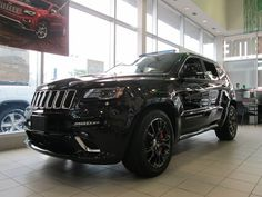 2005 jeep grand cherokee with black rims 2005 Jeep Grand Cherokee, Car Goals, Black Rims, Car Detailing, Dream Cars, Jeep Jeep, Jeeps, Vehicles, Home