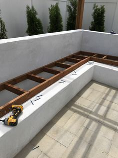 Project ideas 395331673539106565 - Custom Outdoor Seating DIY Concrete Seating Cinder Blocks Couch Source by khimali Backyard Seating, Backyard Patio Designs, Outdoor Seating Areas, Patio Ideas, Backyard Ideas, Diy Garden Seating, Backyard Storage, Firepit Ideas, Garden Ideas