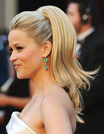 Reese Witherspoon: Pferdeschwanz im Seventies-Look