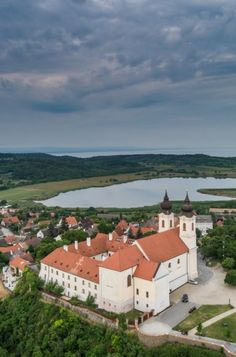 Belső-tó Tihany Danube River, Medieval Castle, Central Europe, What A Wonderful World, Wonders Of The World, Castles, Places To See, Countries, Landscapes
