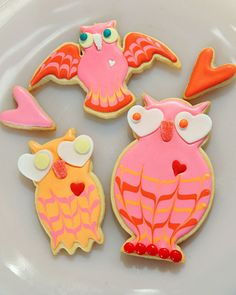 Lovebird Cookies. Let's be honest... I won't actually make these as they are way too time consuming for my life, but oh man, are they adorable. :)
